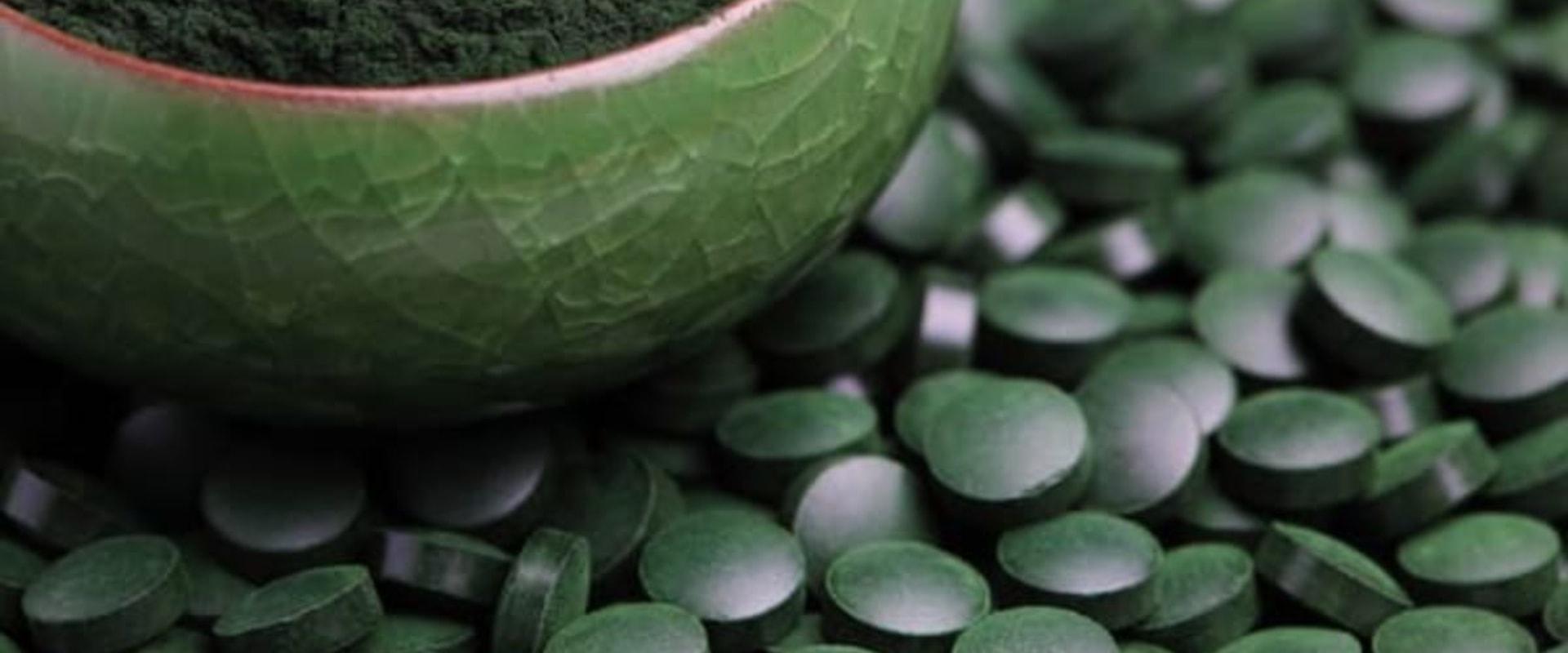 ¿Cuántos gramos de espirulina al día?